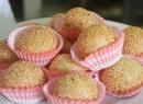 Làm bánh rán lúc lắc ngọt thơm cho cả nhà mê mẩn