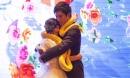 Cặp đôi trao nhau trăn vàng thay nhẫn cưới khiến quan khách hoảng hốt
