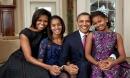 Chùm ảnh tình yêu đẹp như mơ của vợ chồng Obama
