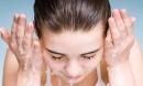 Những thói quen tai hại khi rửa mặt ai không biết sẽ phải hối hận