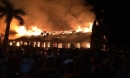 Nhà thờ Trung Lao 130 tuổi cháy rực trong đêm