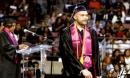 Từ chốn ngục tù đến bục vinh quang của thủ khoa đại học Mỹ