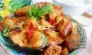 Bí quyết cho món cá trắm kho riềng thịt ba chỉ tốn cơm vô cùng