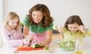 Những lời khen ngợi của cha mẹ để khuyến khích con nhưng phản tác dụng ra sao?