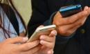 Dùng điện thoại di động thế này sẽ bẩn gấp 10 lần bồn cầu và cách giữ điện thoại sạch sẽ