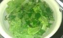 Chỉ cần cho thêm thứ này vào nước ngâm rau củ quả mọi hoá chất sẽ đi hết, chẳng lo hại sức khoẻ