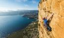 Giỡn mặt 'tử thần' tại những điểm leo núi nguy hiểm, ngoạn mục nhất thế giới