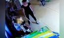 Con trai 5 tuổi bị thâm ở má, mẹ hoảng hồn phát hiện con bị cô giáo đánh mỗi ngày