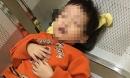Bé trai 3 tuổi bị người phụ nữ bỏ rơi tại nhà nghỉ