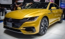 Sedan lai coupe Volkswagen Arteon giá 1,5 tỷ đồng