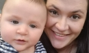 Thảm kịch gia đình: Mẹ lùi xe để đi ra ngoài, vô tình cán chết cậu con trai 1 tuổi