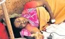 Kinh hoàng nàng dâu bị nhà chồng tra tấn dã man và bắt uống nước tiểu