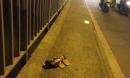 2 cô gái trẻ để lại dép, nhảy xuống sông tự tử trước sự ngỡ ngàng của người đi đường