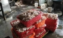 Trung Quốc phát hiện xưởng chế biến 2 tấn chân gà siêu bẩn, chứa chất phụ gia cấm