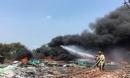 Cháy dữ dội tại cơ sở tái chế nhựa do người dân đốt rác