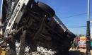 Xe tải mất phanh gây tai nạn liên hoàn, 5 người tử vong