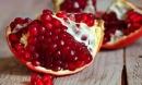 Chết vì nhiễm viêm gan A do ăn lựu đông lạnh: cảnh giác loạt bệnh dễ lây qua ăn uống