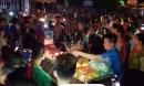 Người thân 2 thiếu nữ tử vong ở Hưng Yên mang quan tài ra phố