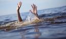 6 em nhỏ rủ nhau xuống ao tắm, 2 em chết đuối