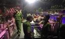 Gần trăm dân chơi bị phát hiện bay lắc trong bar lúc rạng sáng