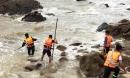 Thanh Hóa: Tắm biển lúc sóng lớn, 3 du khách thương vong