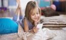 Bác sĩ tâm thần cảnh báo cha mẹ không nên cho trẻ dùng điện thoại trước 11 tuổi