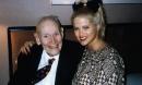 Tỷ phú 90 đột tử sau khi lấy người mẫu xinh đẹp và cái kết không ngờ cho cô vợ