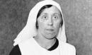 Dấu hiệu đáng ngờ trên lá thư vạch trần âm mưu xảo quyệt của nữ y tá sát nhân