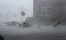 Mỹ oằn mình hứng chịu cơn bão mạnh nhất trong vòng 26 năm