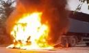 Xe container bất ngờ bốc cháy, tài xế nhảy xuống đường thoát thân