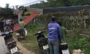 Xe tải lao vào nhà dân, 2 vợ chồng đứng trong sân tử vong