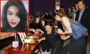 Tang lễ Á hậu tử nạn cùng chủ tịch Leicester: Mẹ ngã khuỵu, cha thất thần