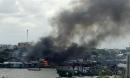 Cháy lớn ở dãy nhà ven chợ nổi Cái Răng