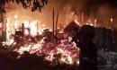 Cháy sát làng trẻ SOS Gò Vấp, nhiều người tháo chạy khỏi biển lửa