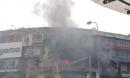 Cháy lớn tại khu tập thể cũ trên phố Tôn Thất Tùng