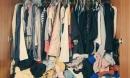 Dọn tủ quần áo của vợ mới qua đời, chồng thất kinh trước bí mật phía bên trong