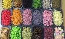 Giật mình bảng giá mứt, hoa quả sấy Trung Quốc về chợ Tết Việt