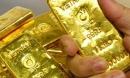 Giá vàng hôm nay 8/1: USD tụt giảm, vàng tìm đỉnh mới