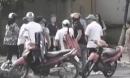 Cướp táo tợn ở Sài Gòn: Nghi dàn cảnh mua hàng online rồi xông vào 'lột sạch' nạn nhân ở giữa đường