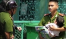 Đưa con đi dạo bị đâm chết: Hệ lụy từ những tin đồn thất thiệt