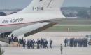 Cả trăm lính tiền trạm của ông Kim Jong Un vừa đổ bộ xuống Nội Bài