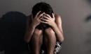 Vụ bé gái 11 tuổi bị cha dượng xâm hại: Người mẹ chết lặng sau từng lời kể của con