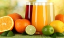 Uống nước trái cây không đường kiểu này, hại hơn nước ngọt!