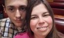 Chàng trai 18 tuổi yêu say đắm mẹ của bạn thân