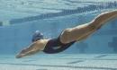 Chị em đổ xô đi bơi ngày nắng nóng, chuyên gia cảnh báo các bệnh nguy hiểm dễ mắc phải
