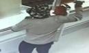 Gã đàn ông cướp thành công hai ngân hàng bằng… một quả bơ