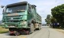 Xe tải lấn làn gây tai nạn, kéo lê xe máy hơn 70m khiến cháu bé 1 tuổi tử vong