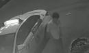 Sau va chạm, tài xế taxi xuống xe, thấy cô gái tử vong vẫn bỏ mặc