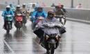 Cách đi lại bằng xe máy trong mùa mưa bão sao cho an toàn