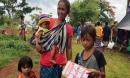 Mẹ Lào 36 tuổi có 10 đứa con và nỗi đau: Muốn dừng lắm nhưng không được